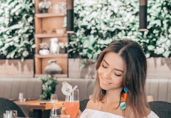 Блогер Вероника Буркеева