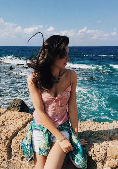 Блогер Эмилия atmo_sphere