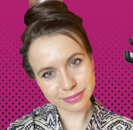 Блогер Ира Куфтирева