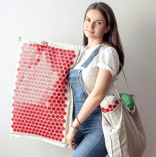 Блогер Юлия Братишка