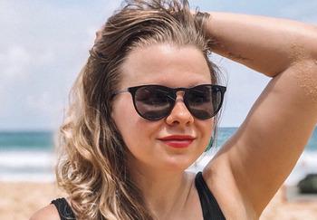 Блогер Александра Самохвалова