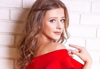 Блогер Лиза Арзамасова