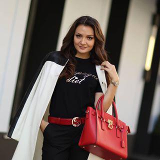 Блогер Мария Брюс