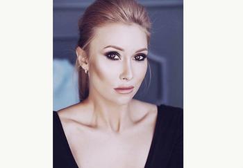Блогер Ксения Хазова