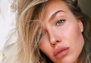 Блогер Ирина T O L K I E