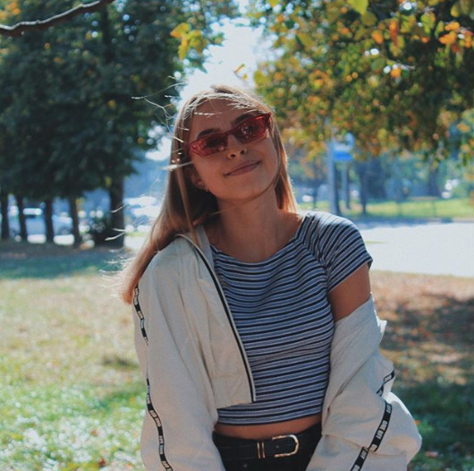 Блогер Анна Семенова