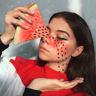 Блогер Ирина Крешик
