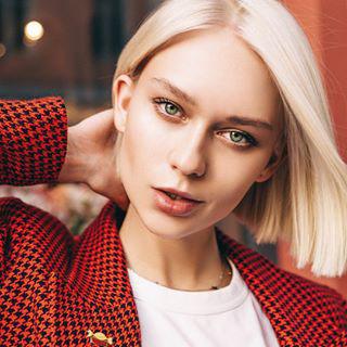 Блогер Лена Ушакова