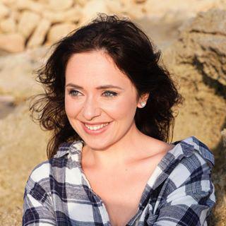 Блогер Женя Белова