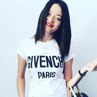 Блогер Виктория Рокшина