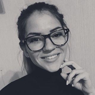 Блогер Лера Дубцова