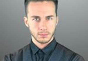 Блогер Дмитрий Казарин