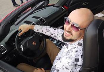 Блогер Александр Голуб