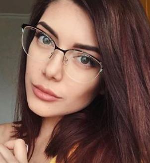 Блогер stina_steel