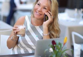 Блогер Виктория Денежкина