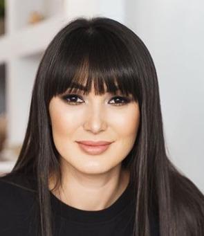 Блогер Альбина Назарова