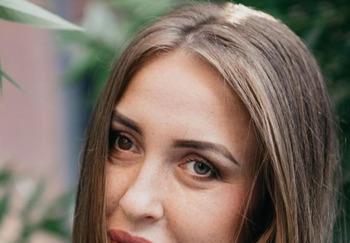 Блогер Анастасия Рощак