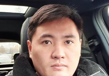Блогер Михаил Ким