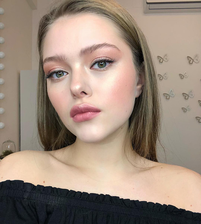 Блогер Анна Карташова