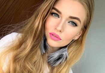 Блогер Марина Мур