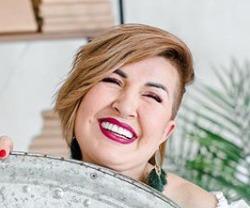 Блогер Лена Алешина