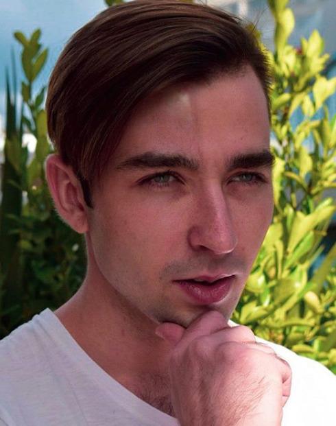 Блогер Алексей Годовиков