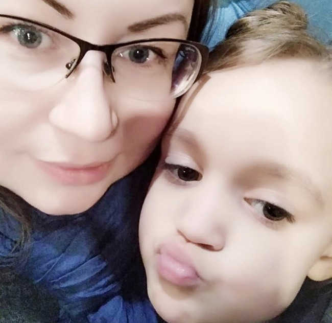 Блогер Елена Махнева