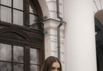 Блогер Анастасия Ушакова