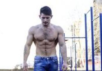 Блогер Максим Игнатков