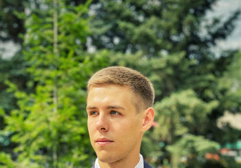 Блогер Филипп Лопаткин