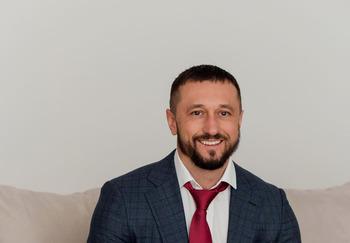 Блогер Михаил Фирсов