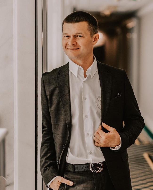 Блогер Денис Кораблев